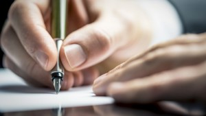 writing a summary of an article online professional